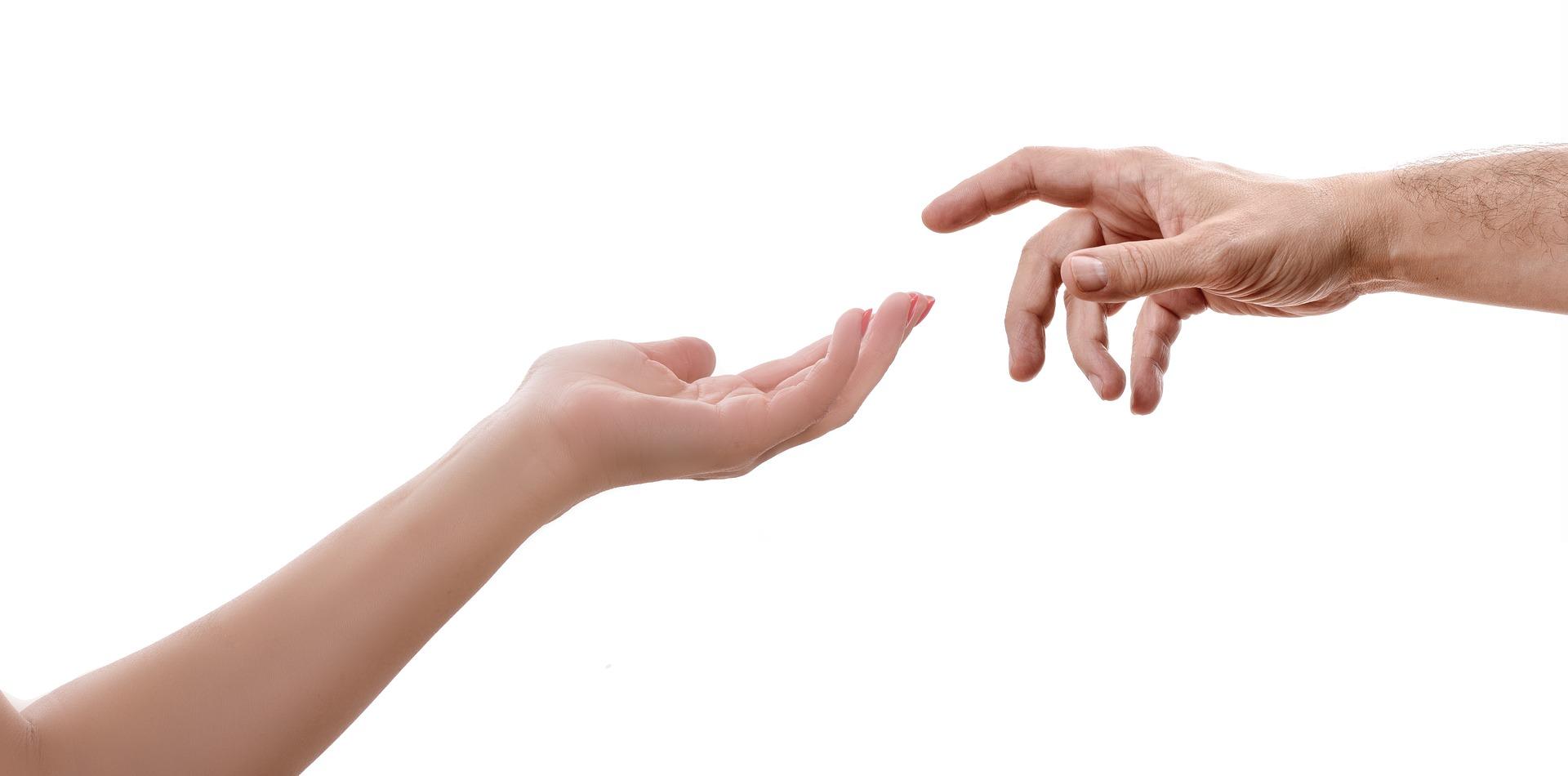 Si conoces a alguien que esté pensando en el suicidio tiéndele la mano sin juzgar