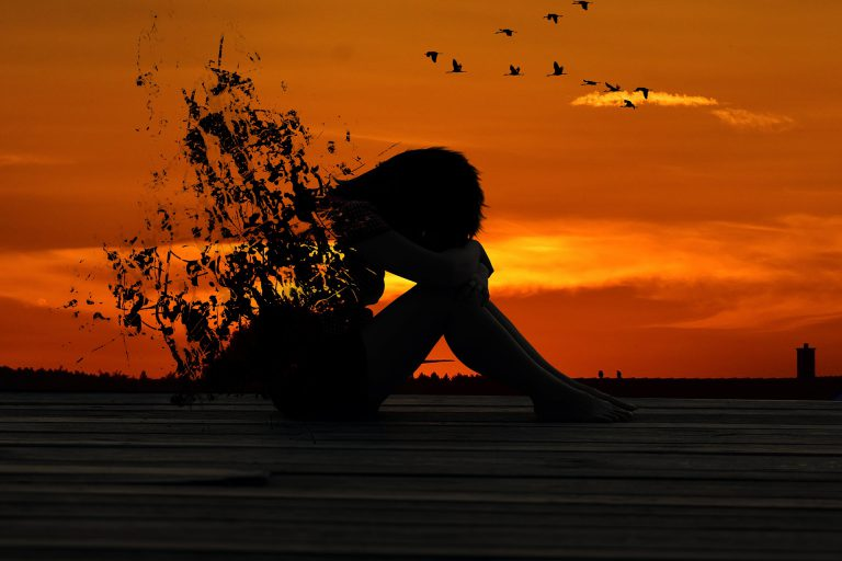 El apego inseguro está estrechamente relacionado con el alcoholismo