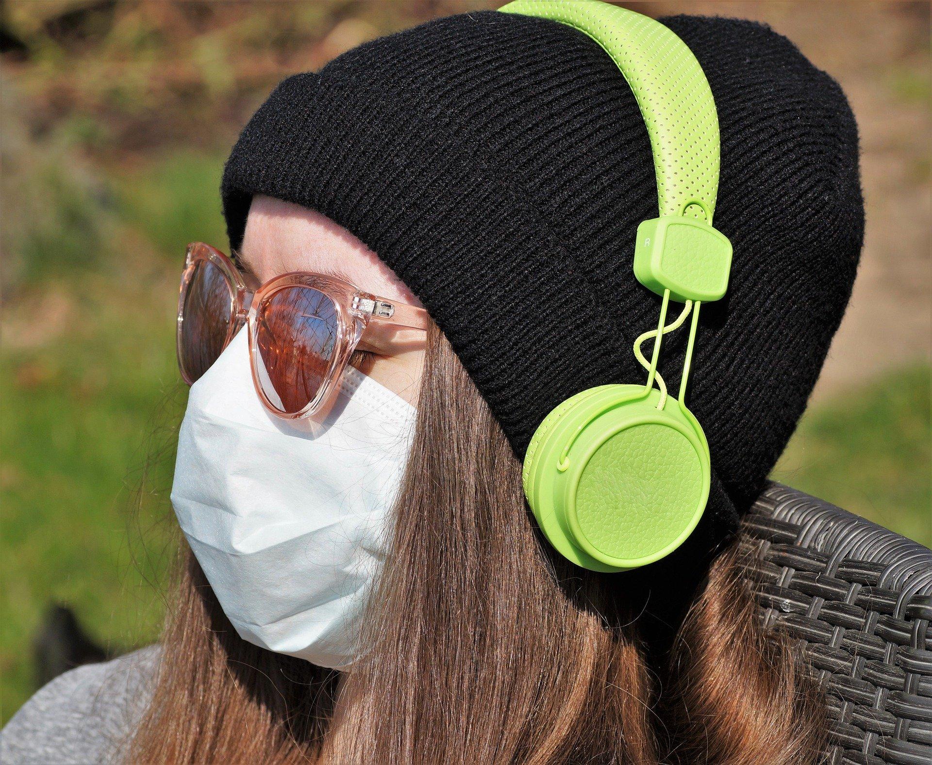 La música disminuye la ansiedad y los síntomas depresivos que puede generar todlo lo que rodea al COVID-19.