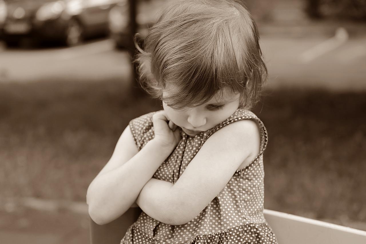 Los niños empiezan a sentir vergüenza sobre los 3 ó 4 años.
