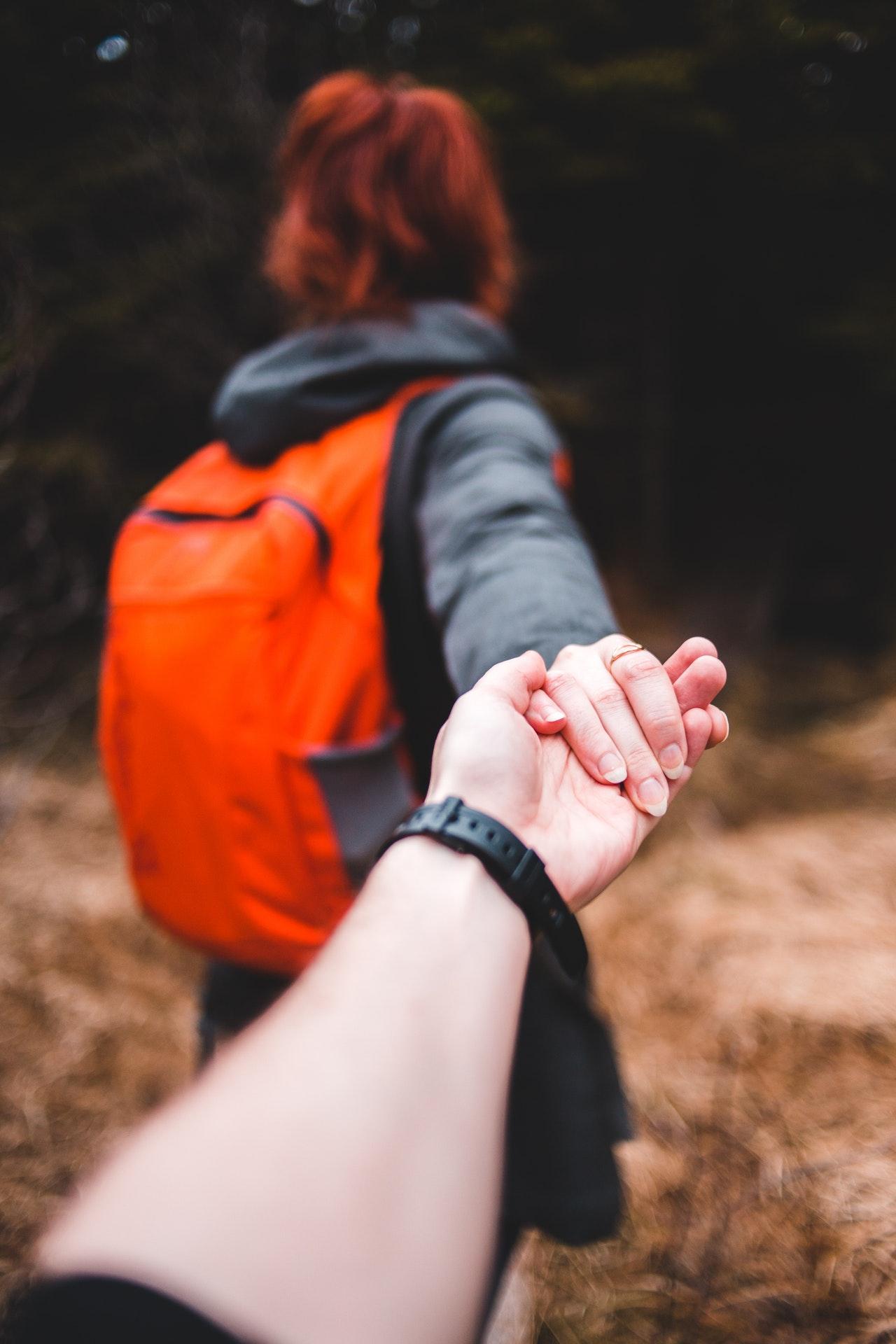 Aprende a confiar en el otro por mucho que te cueste.