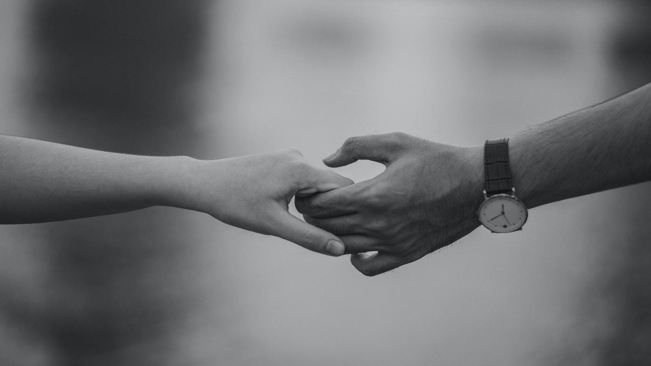 La comunicación es esencial en la pareja.