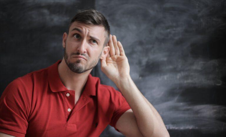 La escucha activa exige concentración, empatía y mucha práctica.