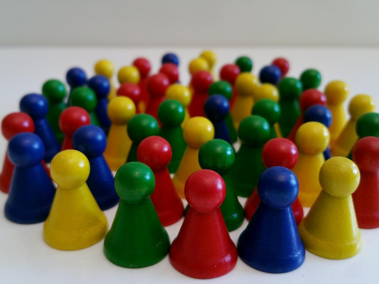Cuando los límites son difusos, como ocurre en las familias aglutinadas, hay una confusión de roles.