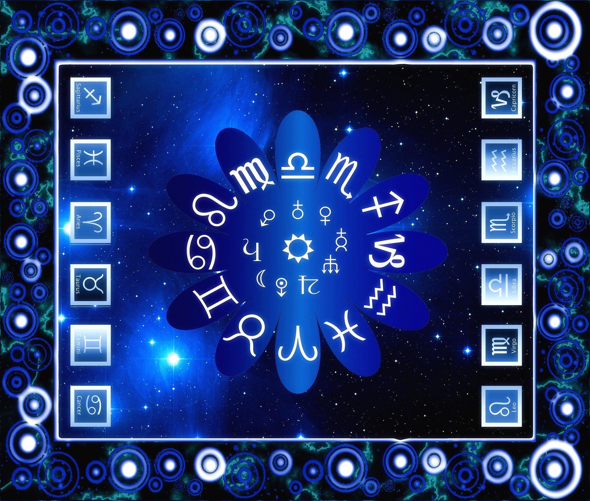 Los horóscopos están repletos de vaguedades que favorecen el efecto Forer.